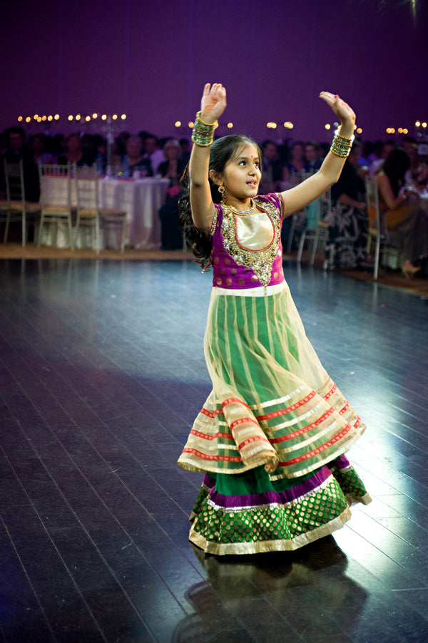 Girl Dancing | Hindu Chinese Wedding | HRM Photography