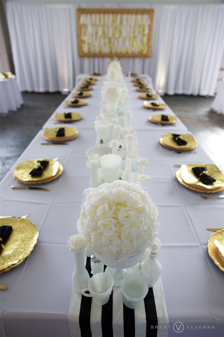 Ultra Glam Black, White, and Gold Reception Table | 1920s Wedding | Glam Speakeasy Wedding | Brent Veverka Media