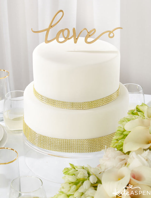Gold Glam Wedding Inspiration | Gold Glitter Wedding Details | Kate Aspen Decor and Favors | Love Acrylic Cake Topper