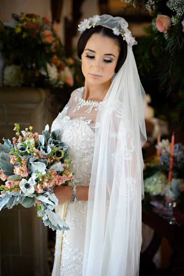 Gorgeous Vintage Bridal Look | Vintage Details for a Downton Abbey Inspired Wedding | HRM Photography