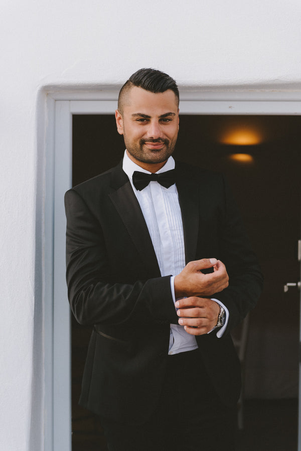 Groom Getting Ready | Santorini Destination Wedding | Vasilis Lagios Photography