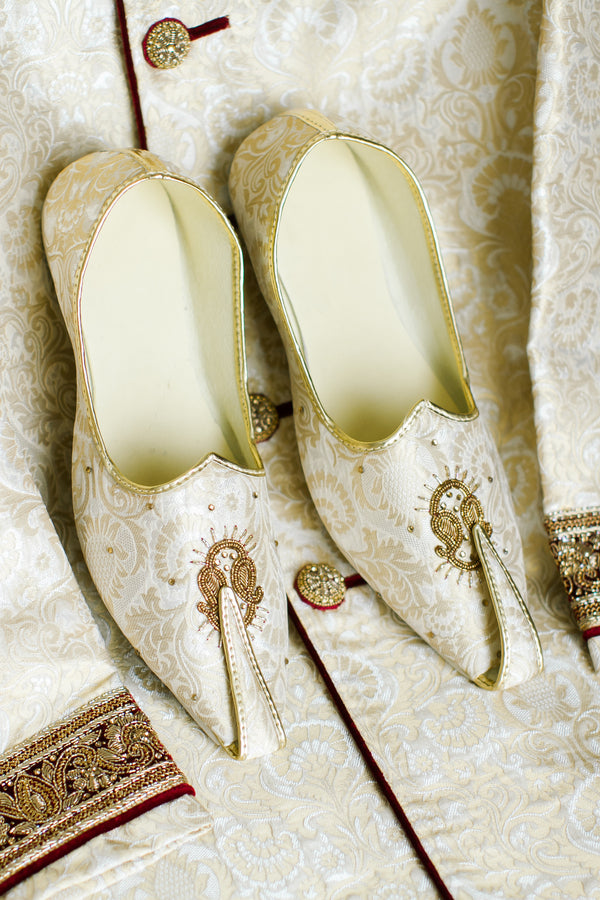 Groom Shoes | A Vibrant Indian Fusion Wedding | Kate Aspen