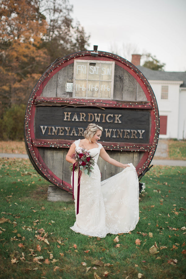 Hardwick Vineyard and Winery | Wine Inspired Fall Wedding | Brooke Ellen Photography