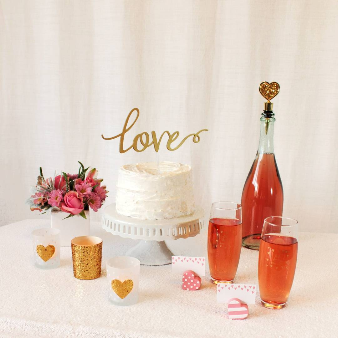 Hey Wedding Lady | Kate Aspen | Love Wedding Dessert Table