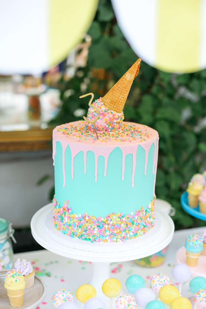 Ice Cream Cake | 8 Simply Sweet Party Ideas | Kate Aspen