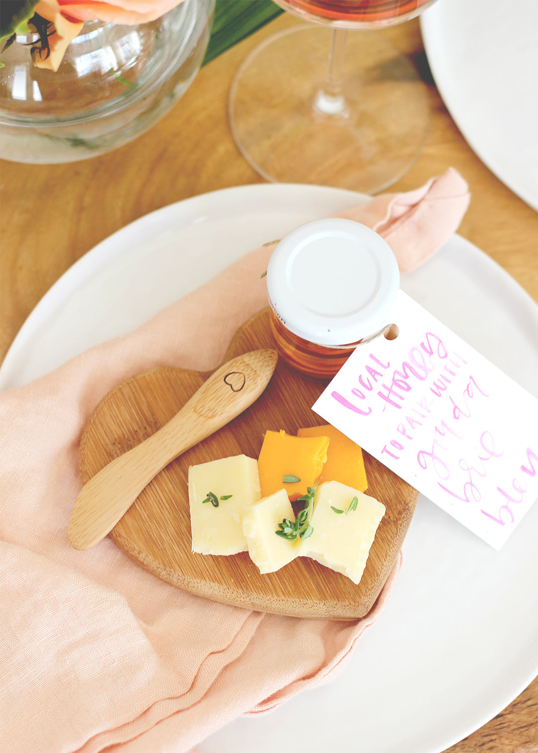 Heart-shaped Cheese Board Wedding Favor with Small Jar of Honey | Kate Aspen | via A Fabulous Fete