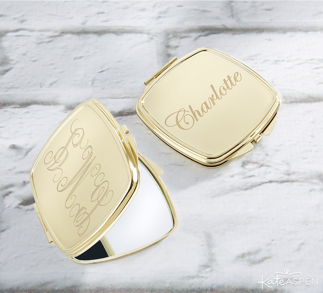 Customizable Gold Compact Mirror | A Stocking Stuffer Holiday Gift Guide | Kate Aspen