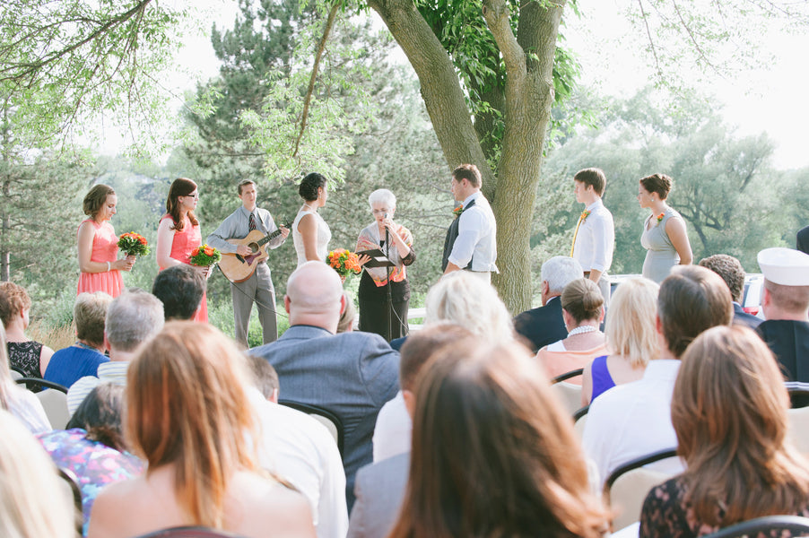 Outdoor summer ceremony | Lemon Twist Images