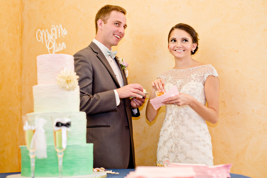 Time to Cut the Cake | www.justadreamllc.com
