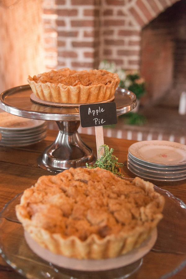 Apple Pie | Southern Fall Plantation Wedding | Priscilla Thomas Photography