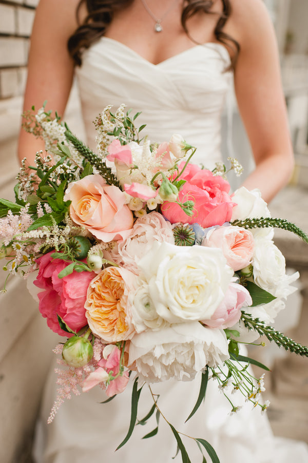 Bride's Beautiful Garden Picked Bouquet | Suburbanite Photography