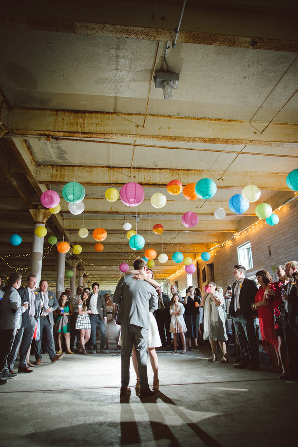 Modern and Whimsical Wedding | Mint, Orange, and Lemon Color Palette| Buffalo Wedding | Christina Laing Photography | Kate Aspen Blog