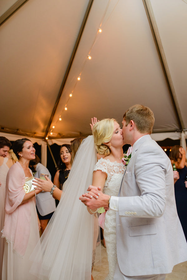 Reception Dance | A Shabby-Chic Charleston Wedding | Kate Aspen