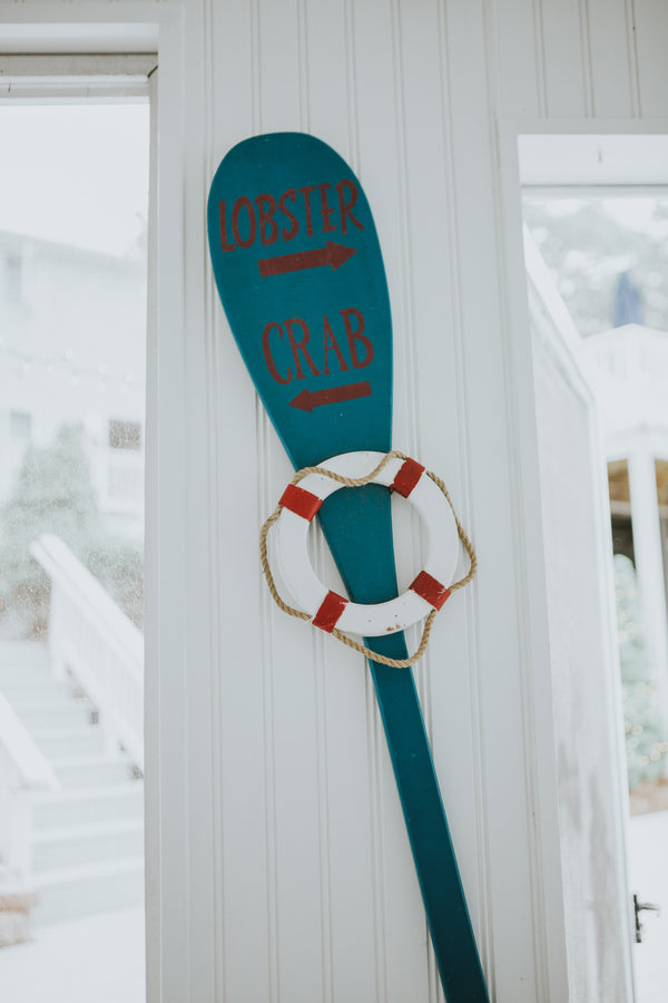 Lobster & Crab Sign | A New England Nautical Wedding | Kate Aspen