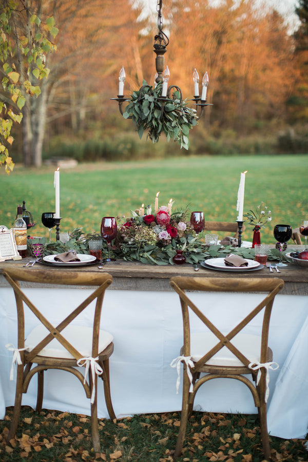 Beautiful Burgundy Tablescape | Wine Inspired Fall Wedding | Brooke Ellen Photography