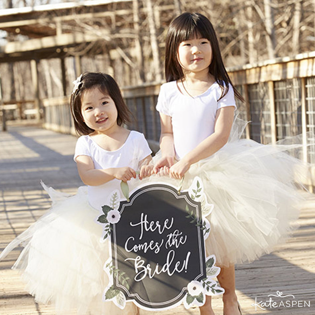 """Here Comes the Bride"" Sign With Flower Girls 