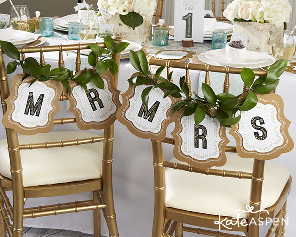 Mr. and Mrs. Chair Signs | DIY chair signs | Rustic Wedding Banner Ideas | Personalized Banner | Kate Aspen | blog.kateaspen.com | Rustic Wedding Ideas | kateaspen.com | #weddingbanner #kateaspen #weddingdecor