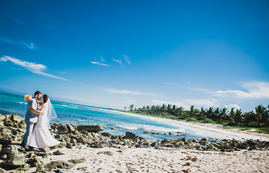 Seaside Newlyweds | A Destination Wedding Weekend in Mexico | Kate Aspen