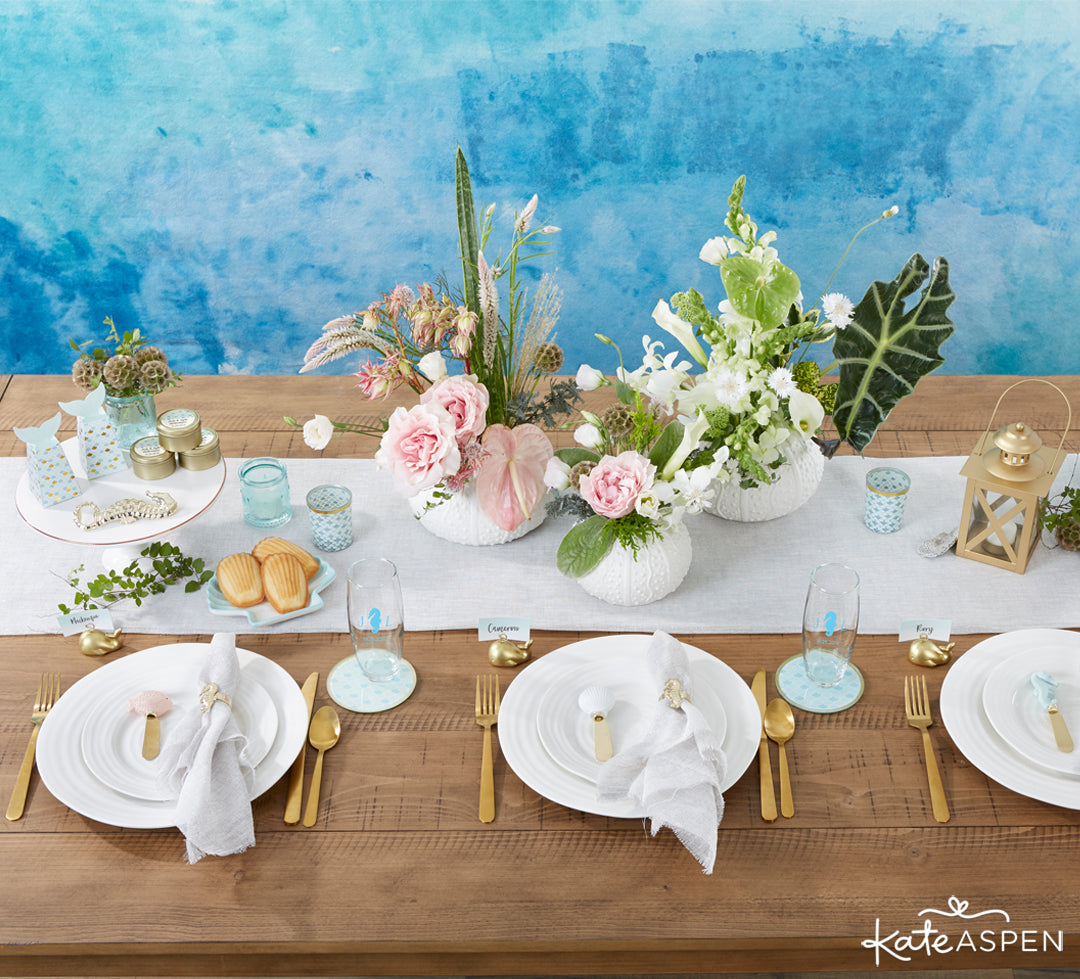Seaside Tablescape | 10 Coastal Favors & Decor For A Seaside Escape | Kate Aspen