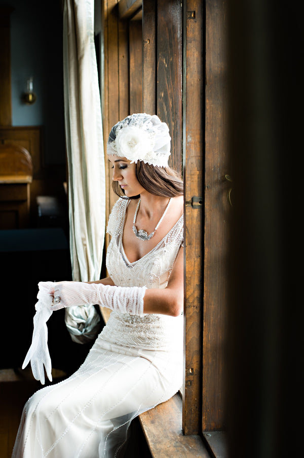 Bride's Second Vintage Look | Vintage Details for a Downton Abbey Inspired Wedding | HRM Photography