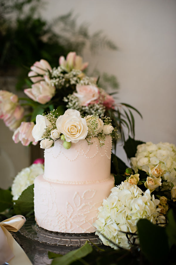 Small Blush Cake | Vintage Details for a Downton Abbey Inspired Wedding | HRM Photography