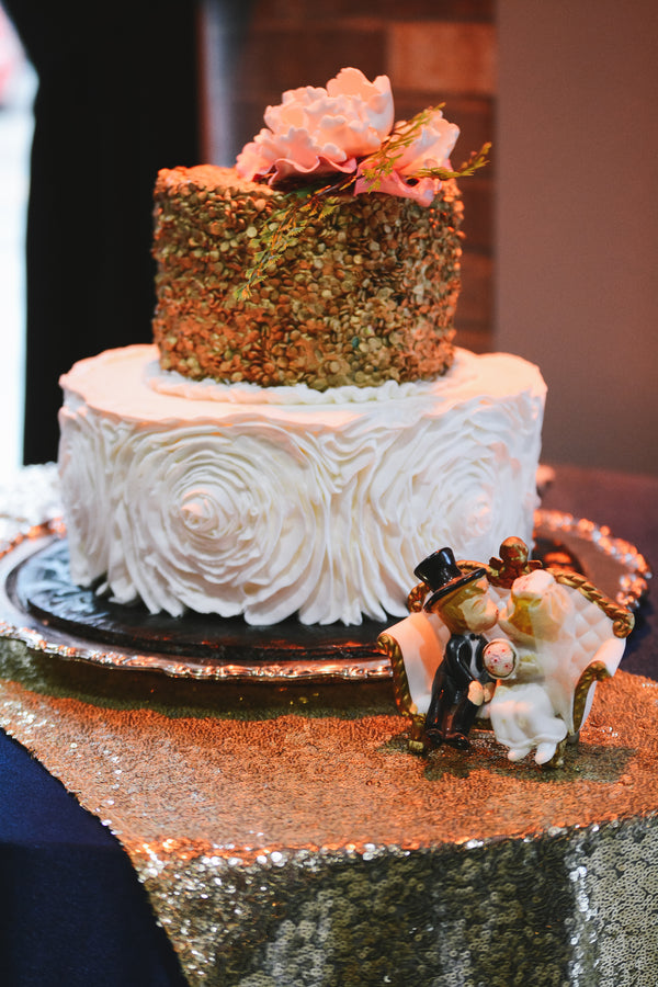 Cake | Our of This World Inspiration for a Starry Night Wedding | Kate Aspen