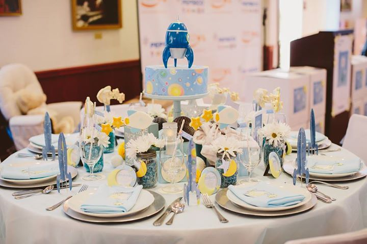To The Moon and Back Table Decor | Mirage Light Photography | Operation Shower | 5 Top Trending Baby Shower Ideas