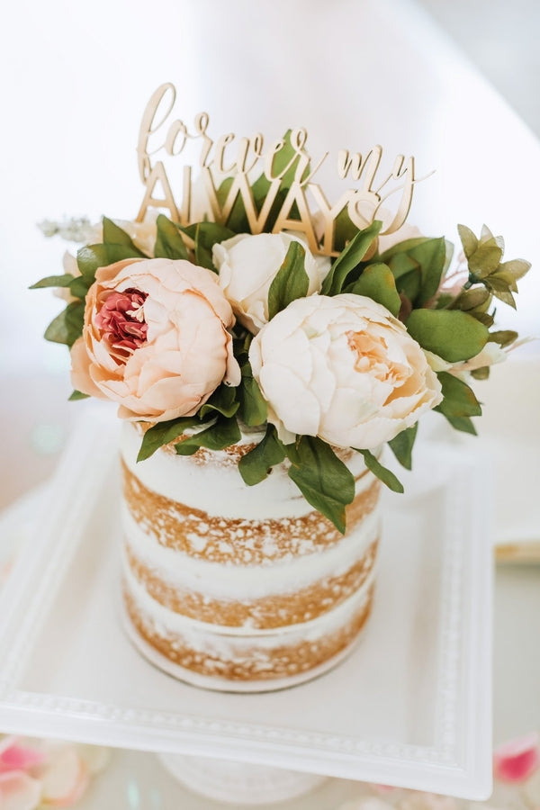 Wedding Cake | A Dazzling Doughnut Wedding | Kate Aspen