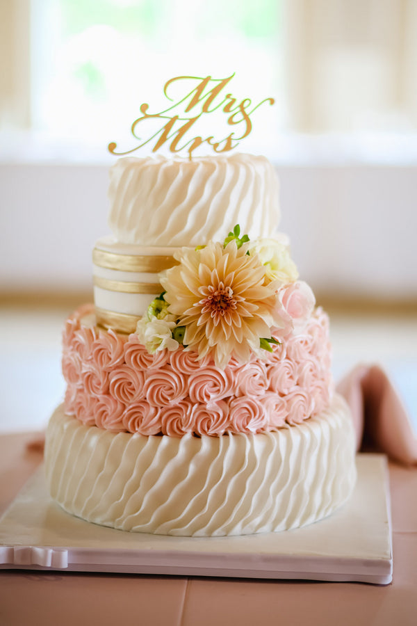 Wedding Cake | Blush and Gold Wedding | Asteria Photography