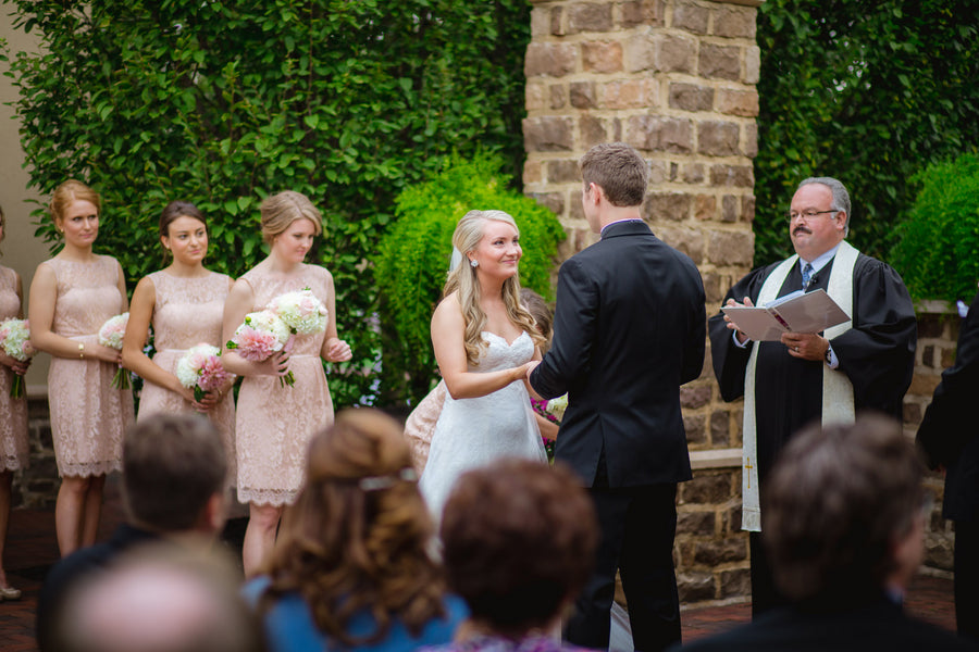 Wedding Ceremony | Blush and Gold Wedding | Asteria Photography