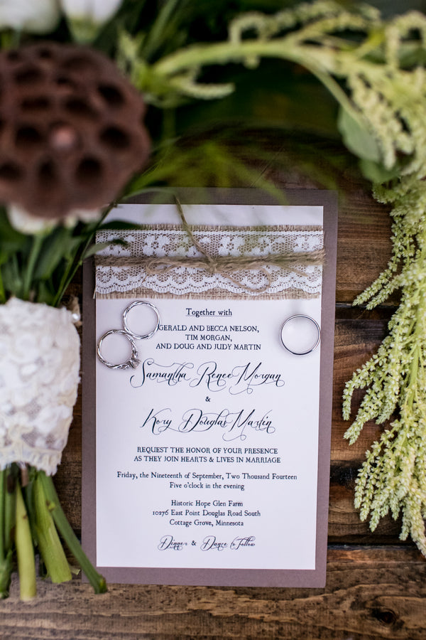 Wedding Invitation | Elegant Barn Wedding | Jeannine Marie Photography