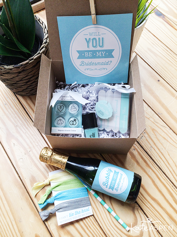 Will you be my bridesmaid Gift Box Assembling