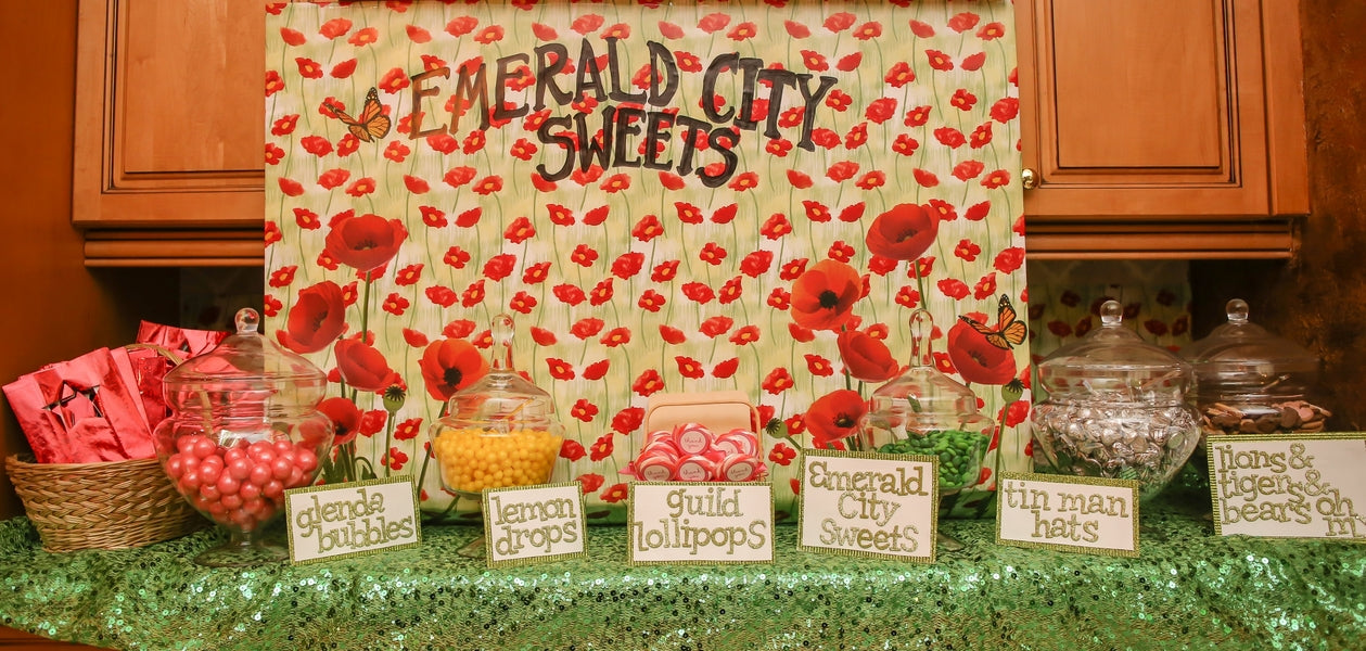 Emerald City Sweets | A Wizard of Oz Baby Shower | Life Long Studios Photography | Kate Aspen
