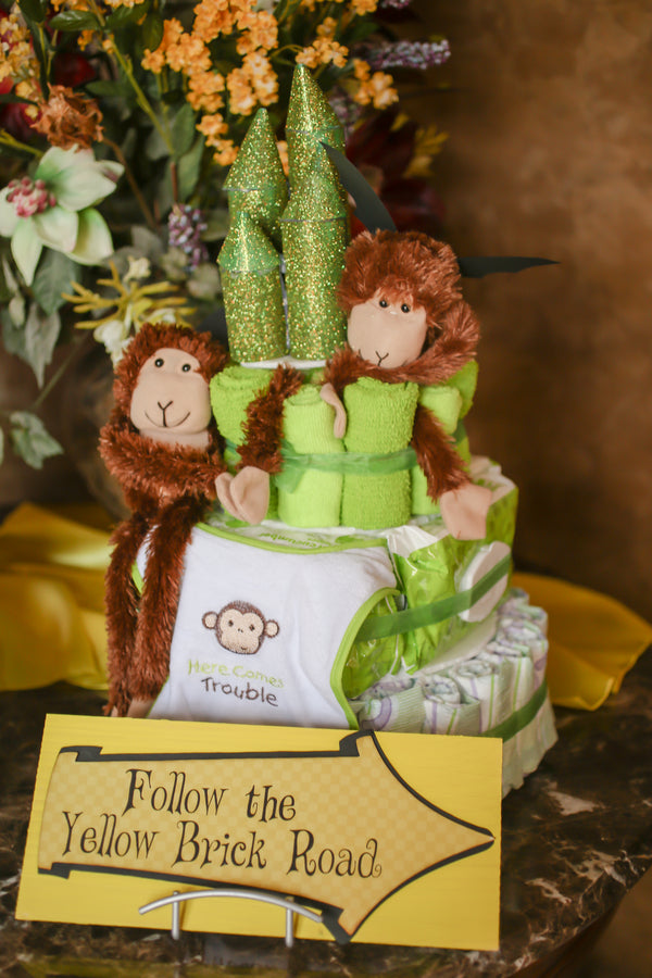Emerald City Diaper Cake | A Wizard of Oz Baby Shower | Life Long Studios Photography | Kate Aspen