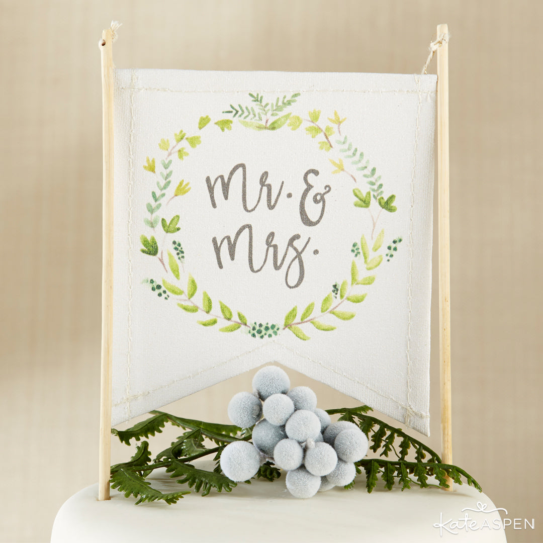 Botanical Canvas Mr. & Mrs. Cake Topper | A Botanical Garden Giveaway | Kate Aspen