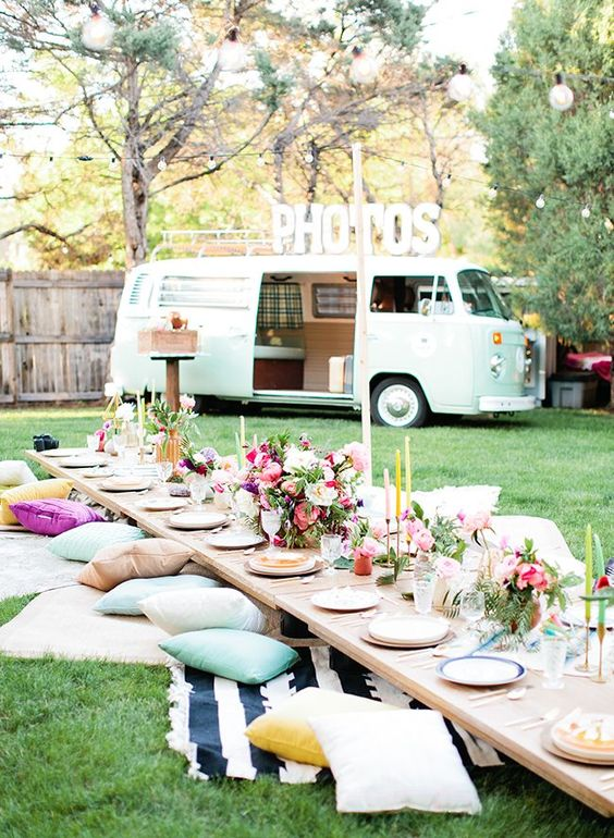 Picnic Theme | 5 Fun Themes for Your 30th Birthday | Kate Aspen
