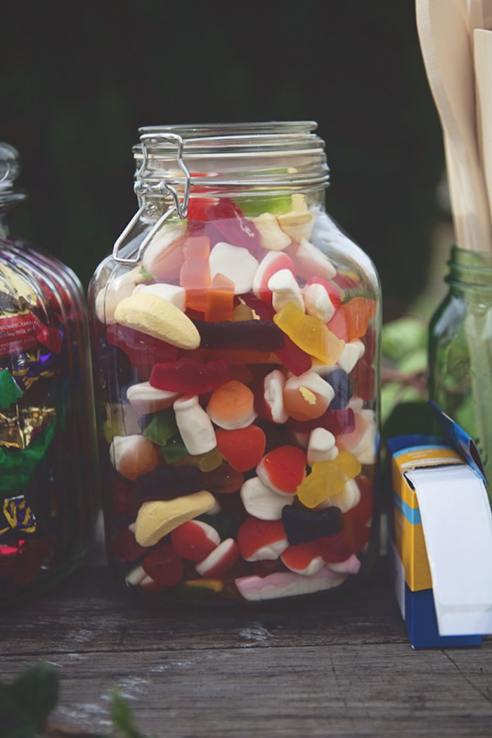 Jars of Candy | 8 Simply Sweet Party Ideas | Kate Aspen