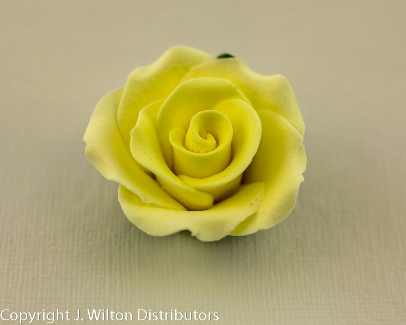 GUMPASTE ROSE W/ LEAVES MED. 8PC. YELLOW