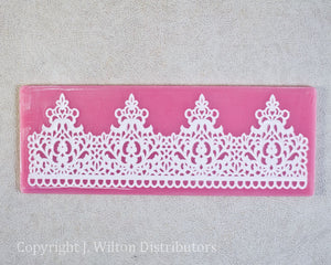 "SILICONE LACE MAT 7.5""x2.75"" CROWN"