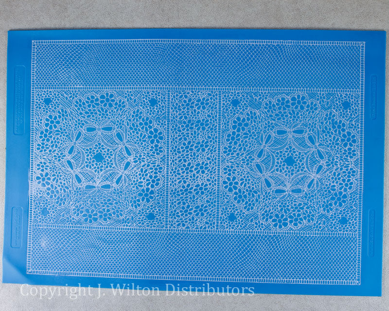 CIRCLE BOUQUET LACE MAT 11