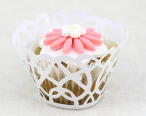 CUPCAKE WRAPS WHITE SWIRLS 18 COUNT