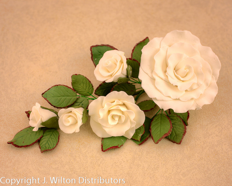 GUMPASTE FORMAL ROSE BUNCH 1PC WHITE