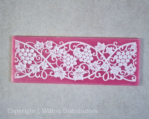 "SILICONE LACE MAT 7.5""x2.75"" GRAPE VINE"
