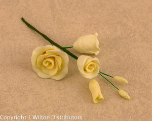 GUMPASTE ROSE FILLER SMALL 5PC IVORY