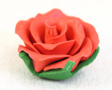 GUMPASTE ROSE LARGE 6PC RED