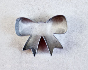 COOKIE CUTTER STAINLESS STEEL BOW