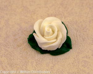 ROSE W/ ICING LEAVES 15PC WHITE
