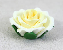 GUMPASTE ROSE LARGE 6PC IVORY