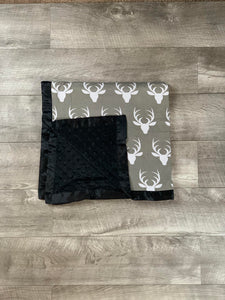 Black and Gray Deer Head Blanket