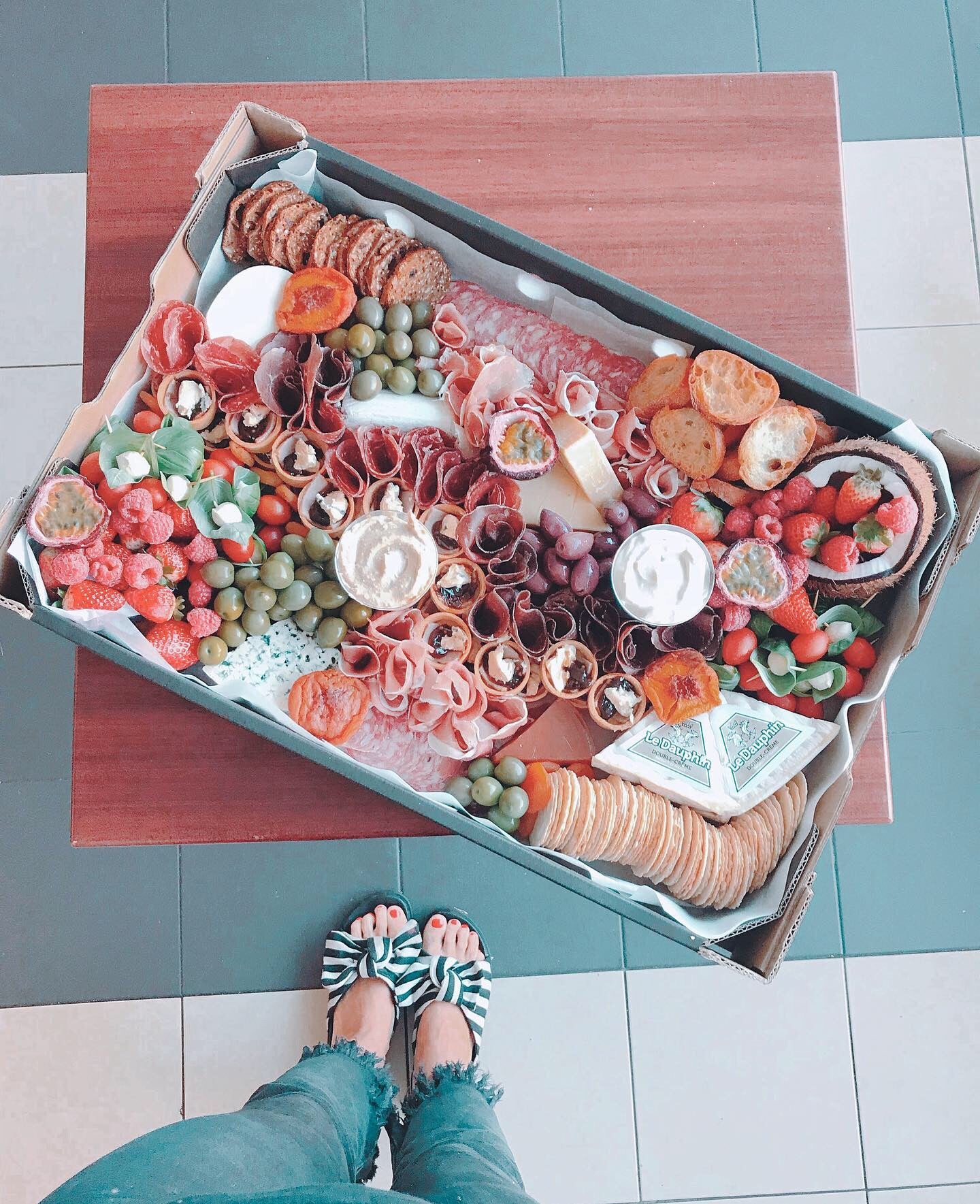 Disposable Antipasto Platter (NO DEPOSIT REQ)